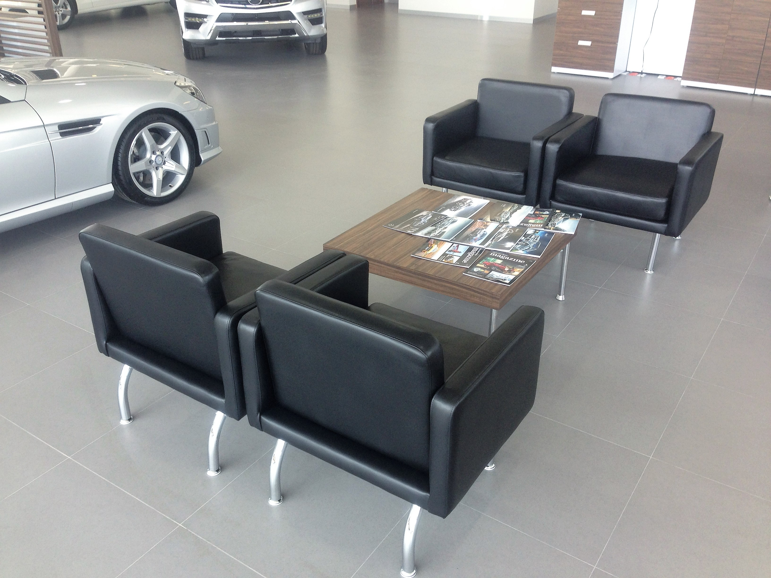 Mobiliario corporativo dise o y manufactura de muebles for Oficina qualitas auto
